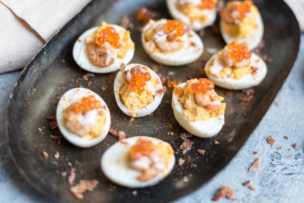 loaded deviled eggs gevulde eieren